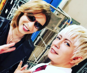 GACKTとYOSHIKIが奇跡の偶然遭遇。ばったり奇遇は兄弟でもすごい!(インスタ・ツーショット画像)