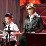 YOSHIKIがノーギャラで300万寄付(24時間テレビ)。盲目少年とドラムセッション(動画)