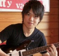 桑原彰は荏田高校中退→MI TOKYO ギター科卒業。使用楽器とエフェクター機材